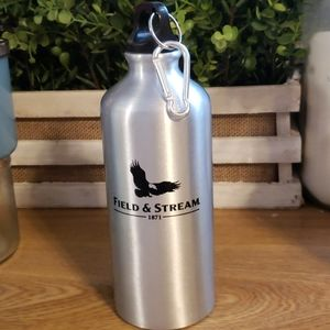 NEW Field and stream water bottle caribeaner clip